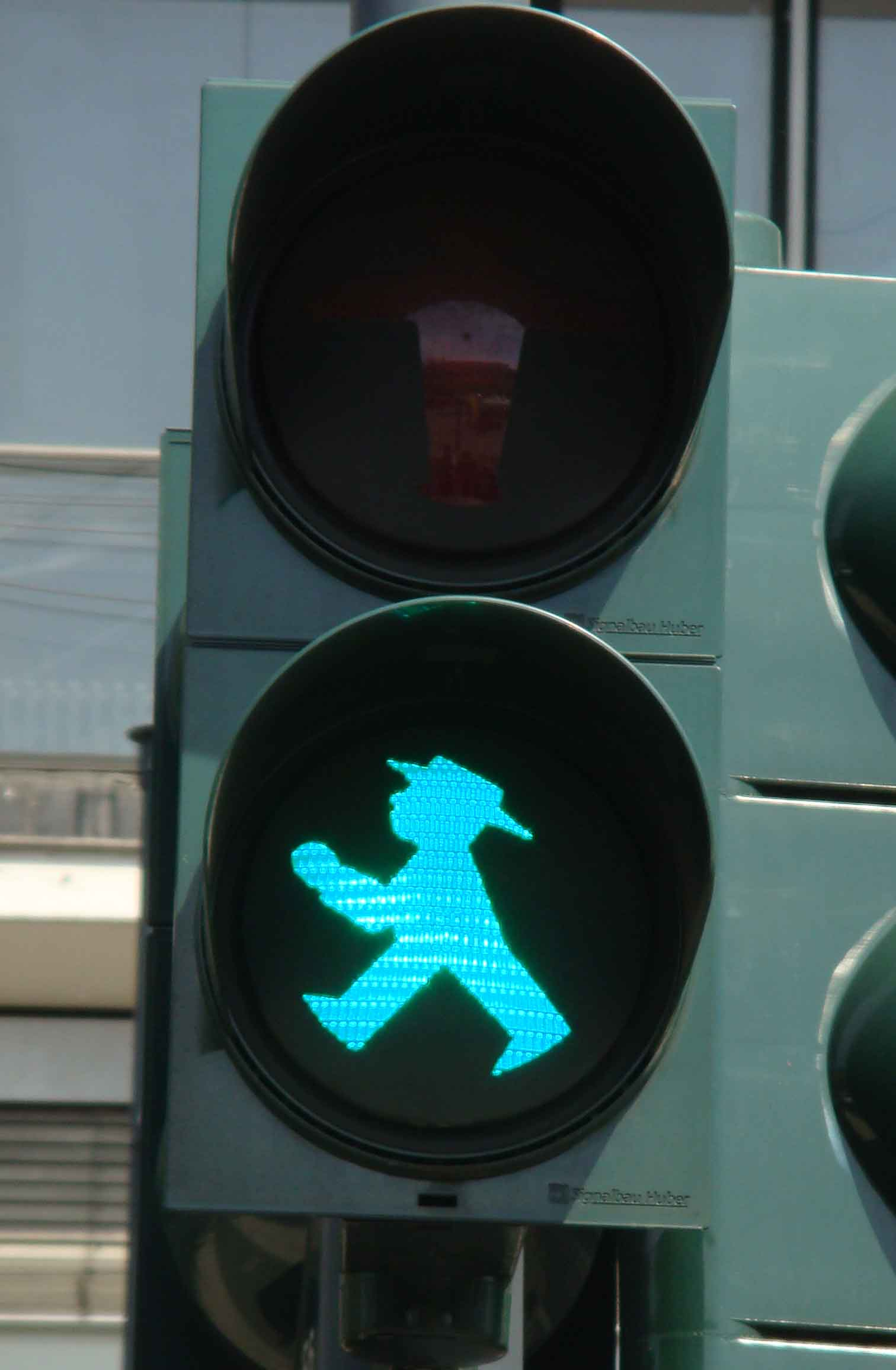 Berlin crossing sign